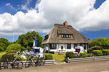 Cafe Teestube with thatched roof, Langeoog Island, North Sea, East Frisian Islands, East Frisia, Lower Saxony, Germany, Europe