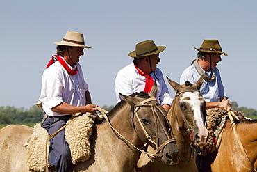 Gauchos on horses, Estancia Santa Susana, Los Cardales, Provincia de Buenos Aires, Argentina