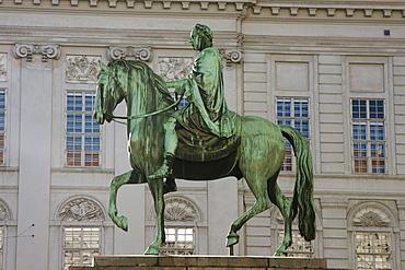 Equestrian statue of Josef II by Franz Anton Zauner on the Josefsplatz, Vienna (Wien), Austria