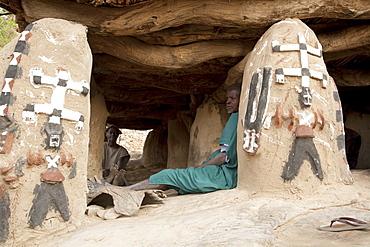 Decorations of the Toguna (House of words) in Tireli, Mali