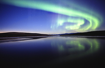 Aurora over Nitsutlin Bay, Teslin, Yukon.