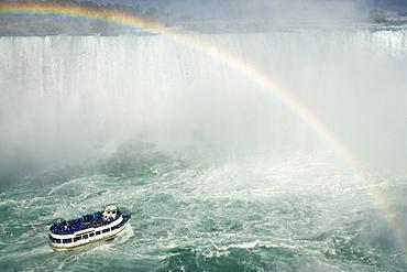Horseshoe Falls and the Maid of the Mist, Niagara Falls, Ontario, Canada