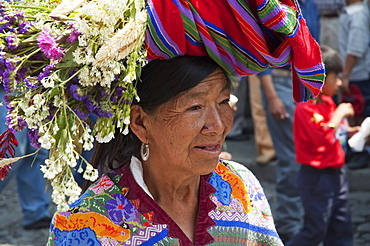 Old Maya woman, Antigua, Sacatepuquez, Guatemala
