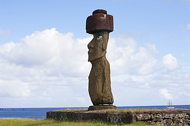 The moai of Ahu Ko te Riku at the Tahai Ceremonial Complex statue, restored by William Mulloy is the only statue to feature inlaid eyes. Hubert Herzog and Tony Saulnier had the pukao (top knot) cut and put in place, Rapa Nui (Easter Island), Chile