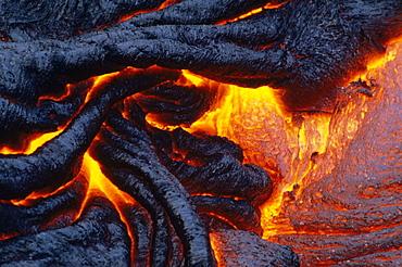 Hawaii, Big Island, Hawaii Volcanoes National Park, Kilauea, East Rift Zone, Close-up of patterns in pahoehoe lava.