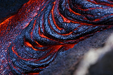 Hawaii, Big Island, Hawaii Volcanoes National Park, Kilauea Volcano, Patterns of molten lava.