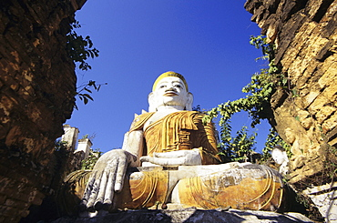 Burma (Myanmar), Inle Lake, Nanthe Village, Kyaukpygyi Paya, Buddha statue, view from below.