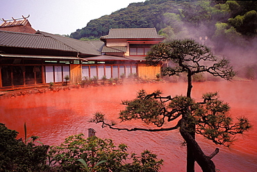 Japan, Kyushu, Beppu, volcanic pool, spa thermal blood red lake