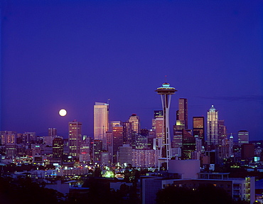 Washington, Seattle, Downtown skyline with moonrise twilight overview A50E