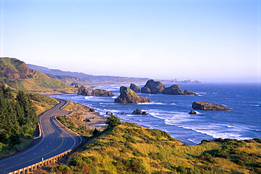 Oregon Coast, Highway 101 and Pistol River State Park from Cape Sebastian B1644