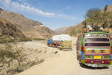 Pakistani Truck And Bus Travelling On The Khyber Pass, Federally Administered Tribal Areas, Pakistan