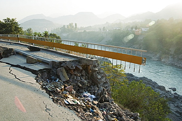Highway Damaged By The 8 October 2005 Earthquake, Muzaffarabad, Azad Kashmir, Pakistan