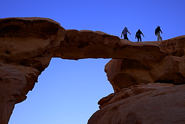 Jebel Umm Fruth Rock Bridge, Wadi Rum, Jordan, Middle East