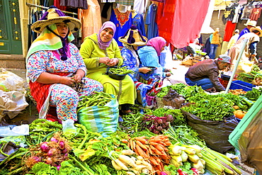 Berber vendors at market, Tangier, Morocco, North Africa, Africa