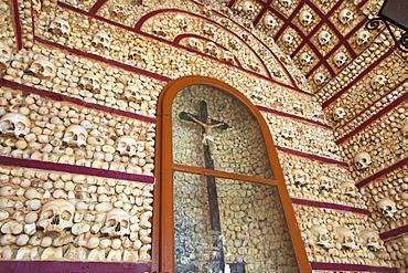 Capela dos Ossos, Faro, Eastern Algarve, Algarve, Portugal, Europe