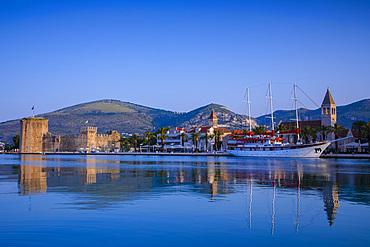 Trogir Harbour, Trogir, UNESCO World Heritage Site, Dalmatian Coast, Croatia, Europe