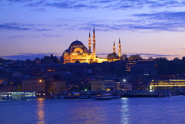 Suleymaniye Mosque, UNESCO World Heritage Site, at dusk, Istanbul, Turkey, Europe