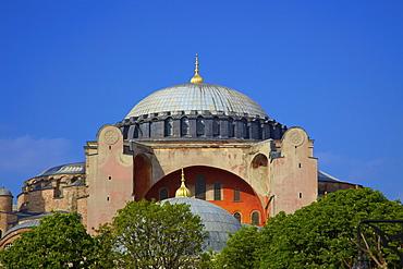 Hagia Sophia (Aya Sofya Mosque) (The Church of Holy Wisdom), UNESCO World Heritage Site, Istanbul, Turkey, Europe