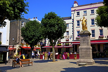 Statue of King George II, Royal Square, St. Helier, Jersey, Channel Islands, Europe
