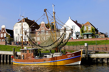 Shrimp cutter in harbour, Greetsiel, Lower Saxony, Germany