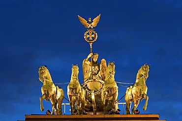 Quadriga on Brandenburg Gate, Berlin, Germany / Brandenburger Tor