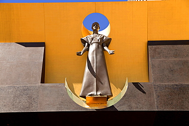 Statue at the entrance, Cathedral of Our Lady of the Angels, Downtown Los Angeles, California, USA / L.A.