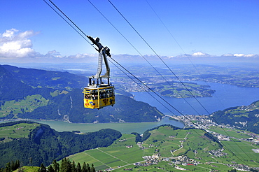 Ropeway, funicular, cable car, Stanserhorn Railway, Lake Lucerne, Stans, Nidwalden, Switzerland / Vierwaldstattersee, Vierwaldstättersee, Lake of the Four Forested Cantons, Stanserhorn-Bahn