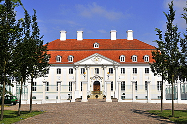 Meseberg Castle, guest house of the Cabinet of Germany, Gransee, Oberhavel, Brandenburg, Germany / Schloss Meseberg