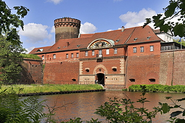 Water ditch, Spandau Citadel, Spandau, Berlin-Germany / Zitadelle Spandau