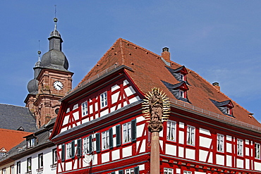 Historical old town, half-timbered house, parish church Saint Gangolf, Marian column, marketplace, Amorbach, Odenwald, Miltenberg District, Lower Franconia, Bavaria, Germany / St Gangolf
