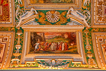Ceiling painting, Galleria delle carte geograaphiche, Hall of geograohic maps, Vatican Museums, Vatican city, Rome, Latium, Lazio, Italy, Europe / Vatican museums
