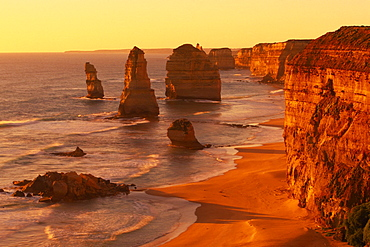 The Twelve Apostles, Great Ocean Road, Port Campbell national park, Victoria, Australia