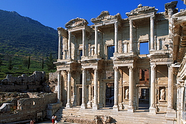 Ruins of the Celsus bibliotheque, Ephesos, Turkey