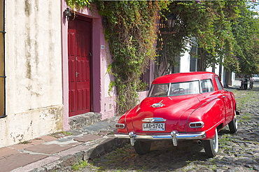 Oldtimer in front of house, Vintage car, Colonia del Sacramento, Uruguay