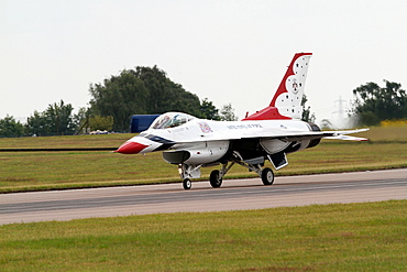F-16c Jet Fighter landing, Waddington, Lincolnshire, England, United Kingdom, Europe
