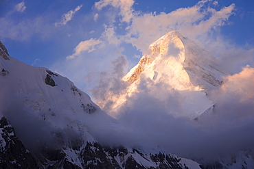 Khan Tengri Glacier viewed at sunset from the Base Camp, Central Tian Shan Mountain range, Border of Kyrgyzstan and China, Kyrgyzstan, Central Asia, Asia
