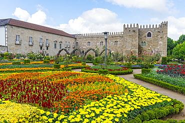 Santa Barbara garden near the walls of the Old Palace of the Archbishops, Braga, Minho, Portugal, Europe