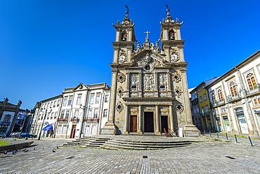 Santa Cruz (Holy Cross) Church, Carlos Amarante square, Braga, Minho, Portugal, Europe