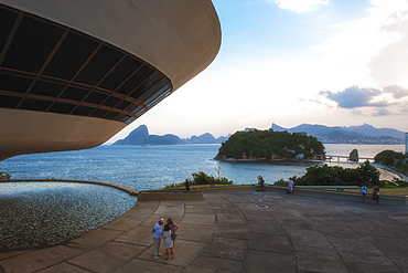 Niemeyer Museum of Contemporary Arts at sunset, and view over Sugar Loaf and Guanabara Bay, Niteroi, Rio de Janeiro, Brazil, South America
