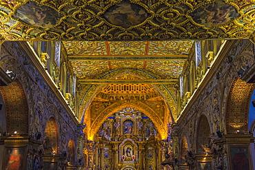 Interior, San Francisco Church and Convent, Quito, UNESCO World Heritage Site, Pichincha Province, Ecuador, South America