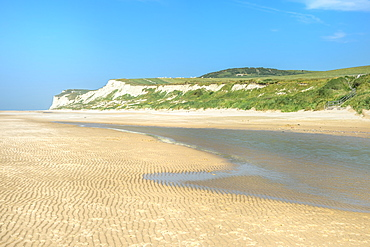 Wissant beach near Cap Blanc-Nez, Cote d'Opale, Region Nord-Pas de Calais, France, Europe