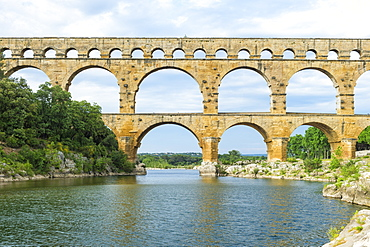 Pont du Gard, UNESCO World Heritage Site, Languedoc Roussillon region, France, Europe