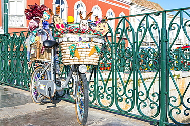Bicycle with Easter decoration, Tavira, Algarve, Portugal, Europe