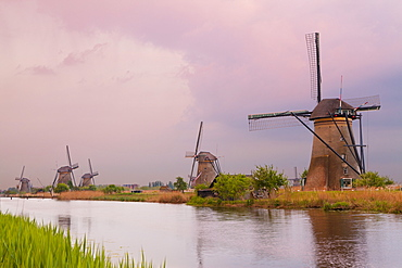 Historic windmills at Kinderdijk, UNESCO World Heritage Site, South Holland, Netherlands, Europe