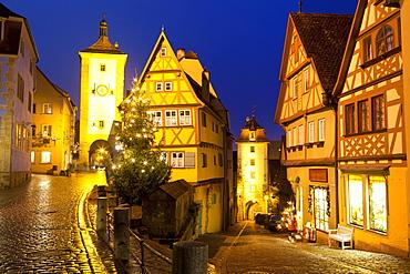 Christmas Tree at the Plonlein, Rothenburg ob der Tauber, Bavaria, Germany, Europe