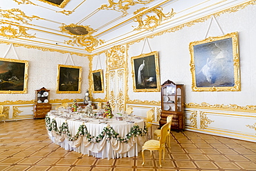 Dining Room within the Catherine Palace, UNESCO World Heritage Site, Pushkin, near St. Petersburg, Russia, Europe