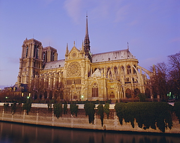Notre Dame cathedral by the River Seine, Paris, France, Europe