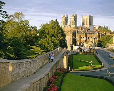 Old city wall and York Minster, York, Yorkshire, England, United Kingdom, Europe