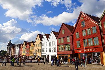 Fishing Warehouses in the Bryggen District, UNESCO World Heritage Site, Bergen, Hordaland, Norway, Scandinavia, Europe