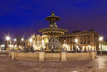 Fountain at Place de la Concorde, Paris, Ile de France, France, Europe